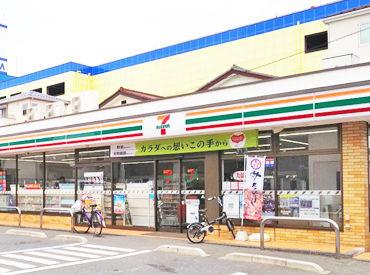 セブンイレブン 川口青木3丁目店の画像・写真