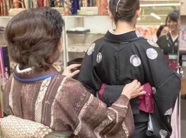 雪花きもの学院 裾野教室(勤務地:いつ和 裾野店内/ベルシティ裾野)の画像・写真