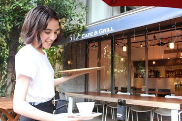 512 CAFE & GRILLの画像・写真