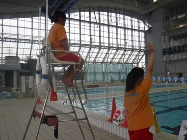 浦安市屋内水泳プールの画像・写真