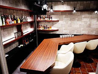 Bar salon de Apollon の画像・写真
