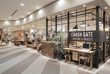 CRASH GATE 岡山店の画像・写真