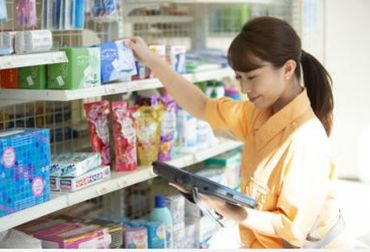 ファミリーマート 札幌本郷通2丁目店の画像・写真