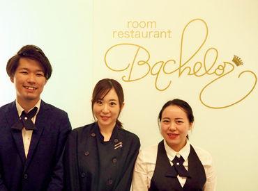 room restaurant BACHELORの画像・写真