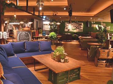 #702 CAFE&DINER なんばパークス店の画像・写真