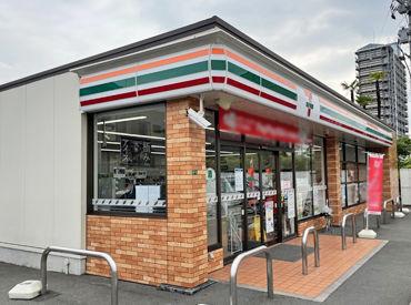 セブンイレブン 福山東町店の画像・写真