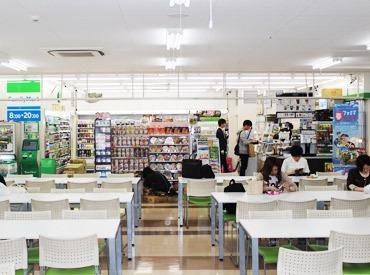 ファミリーマート イオンモール岡山店の画像・写真