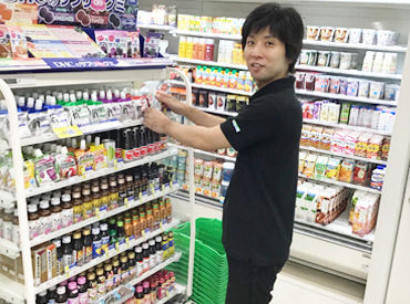 ファミリーマート 横須賀中央店の画像・写真
