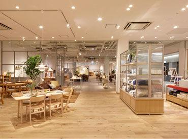 ACTUS (アクタス) MARK IS 福岡ももち店の画像・写真